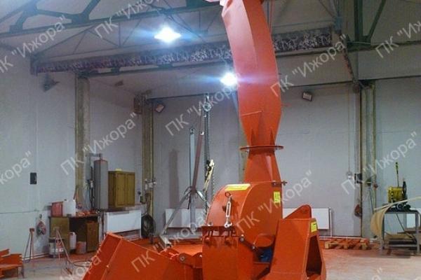 Измельчитель древесины с приводом от трактора МРГ-250/250М (Гидравлическая подача)