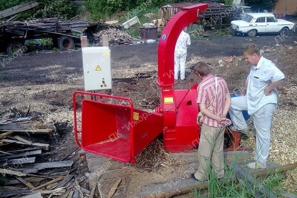 Измельчитель веток с приводом от трактора/электродвигателя МР-160/160Е (Гидропадача)